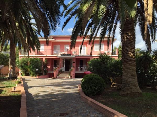 hotel-villa-rosa