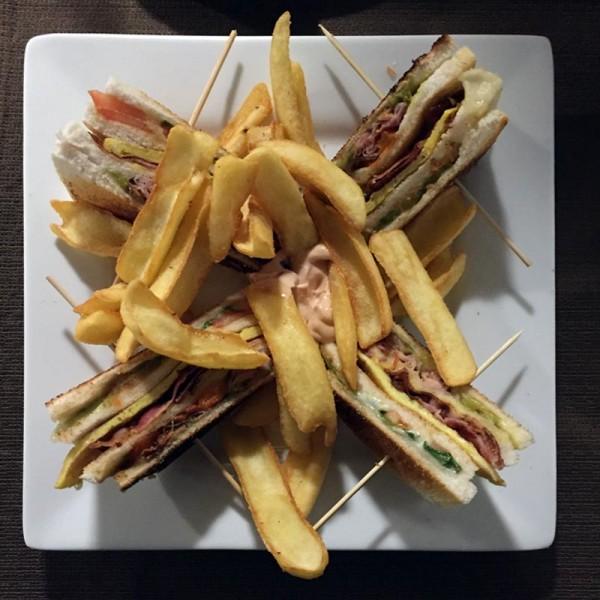 clubsandwich-newport
